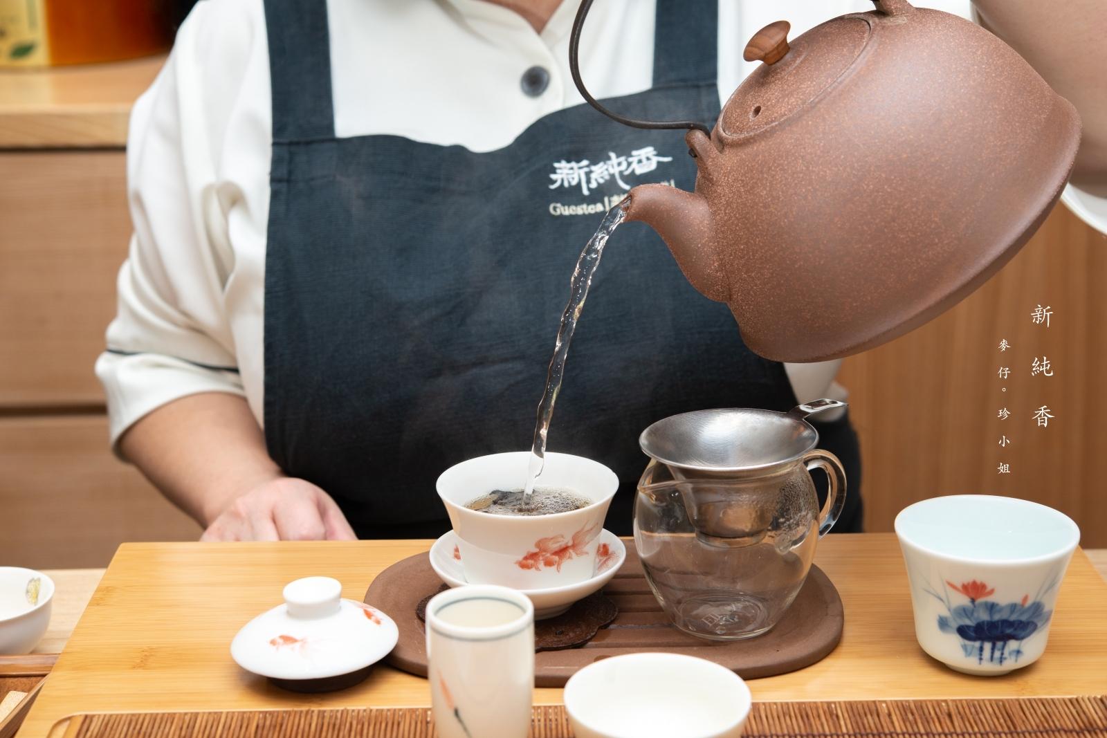 日本茶道結合台灣好茶。新純香款茶舖 Guestea シンジュンコウ。日本觀光客最愛的台灣茶行。捷運中山站茶行推薦