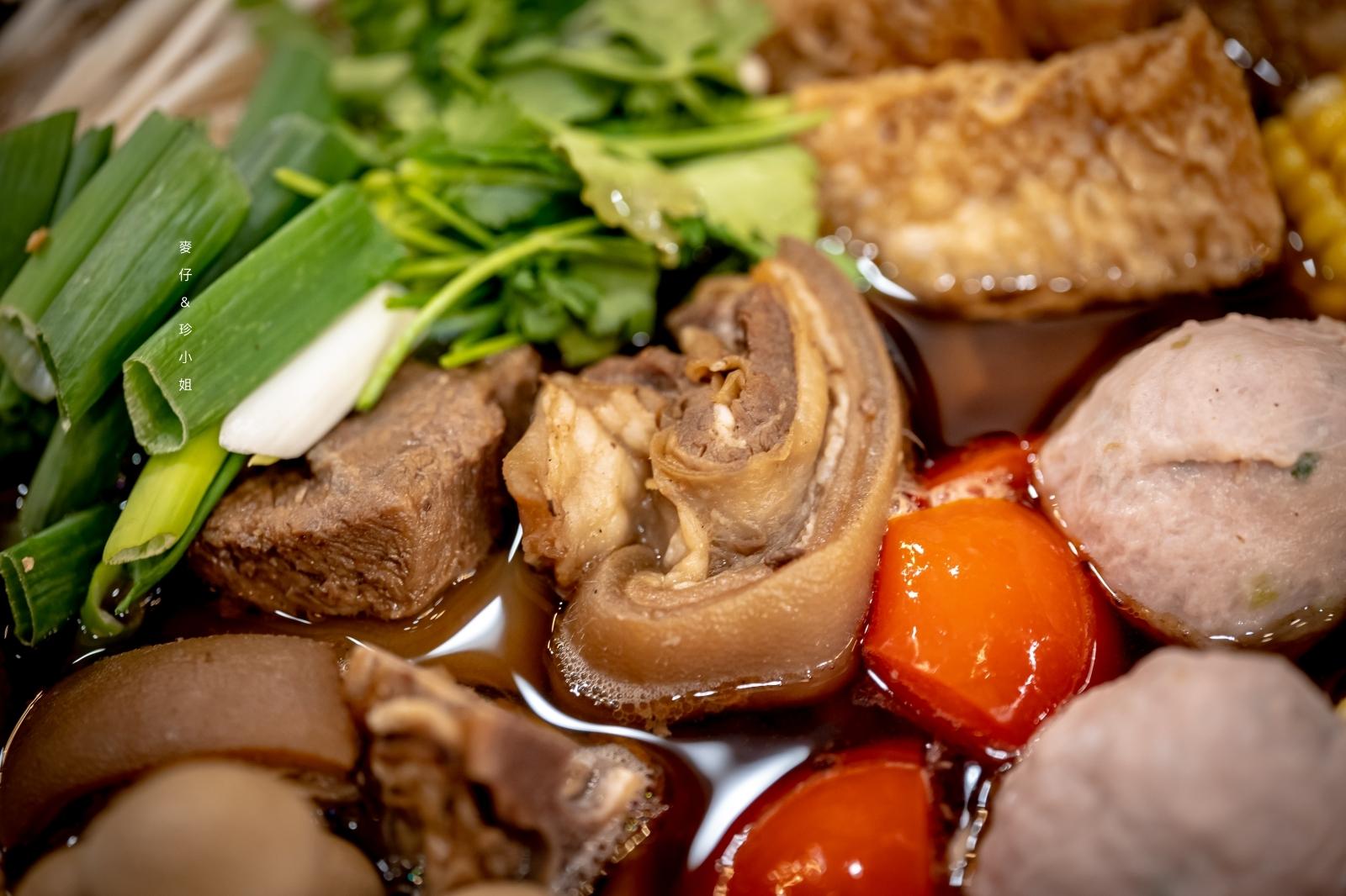 來自高雄40多年老店的福昌羊肉~帶皮六兩肉質彈牙湯頭回甘,夏天涼補就靠它|台北羊肉爐推薦