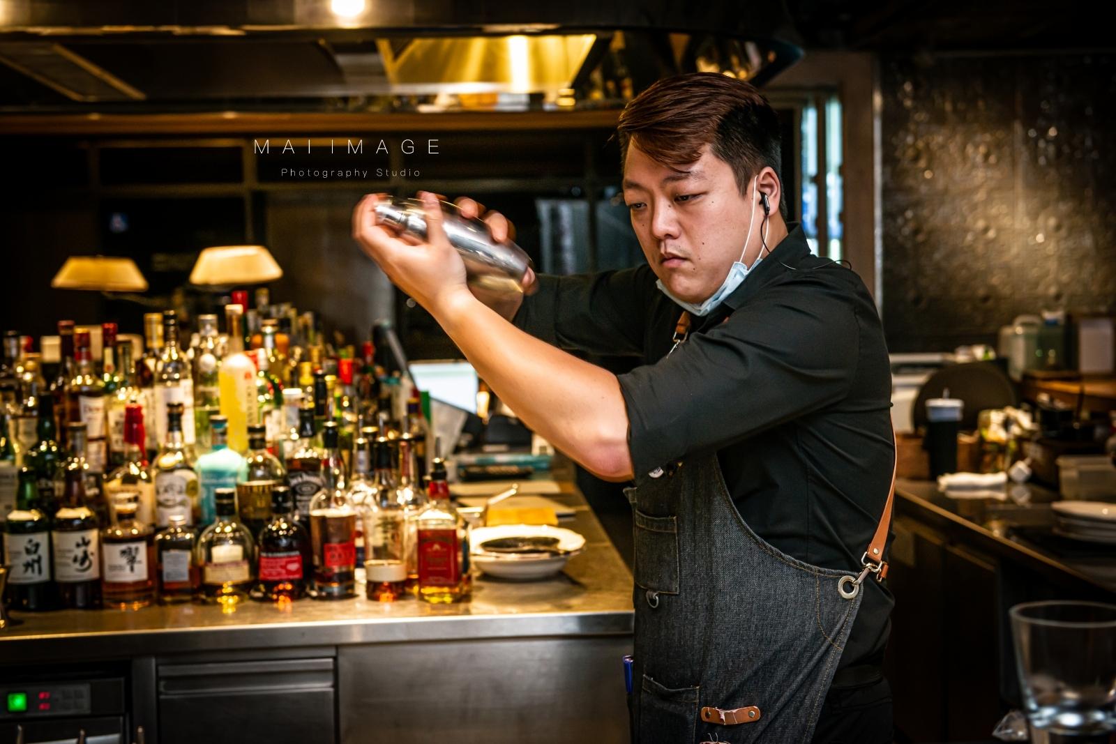 小巨蛋酒吧推薦 『333 restaurant & bar』|下班後的微醺就選這。小巨蛋旁的HOTEL QUOTE闊旅館|捷運小巨蛋站深夜食堂