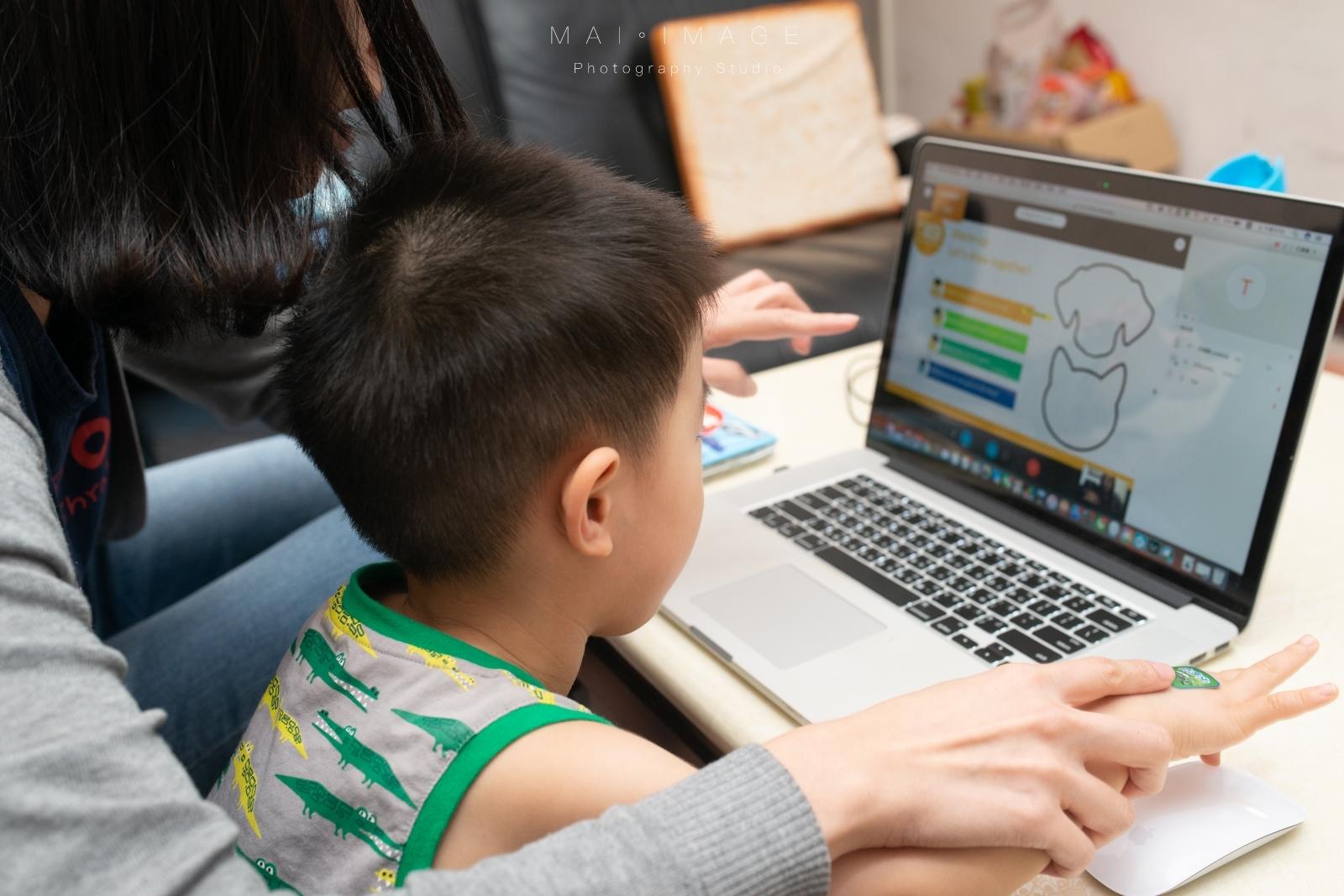 與英美小學同步的學習教材~『Etalking Kids兒童線上英語』一對一25分鐘高度個人化學習,父母放心小孩開心|2020兒童線上英語推薦