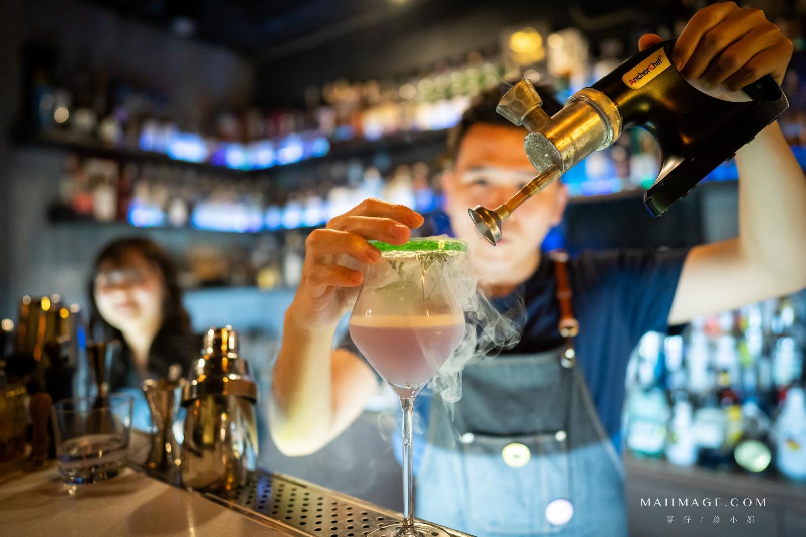 ONCE Cafe & Bar|西門町主打調酒與手沖咖啡的咖啡酒吧~玉蘭花香的琴酒你喝過嗎