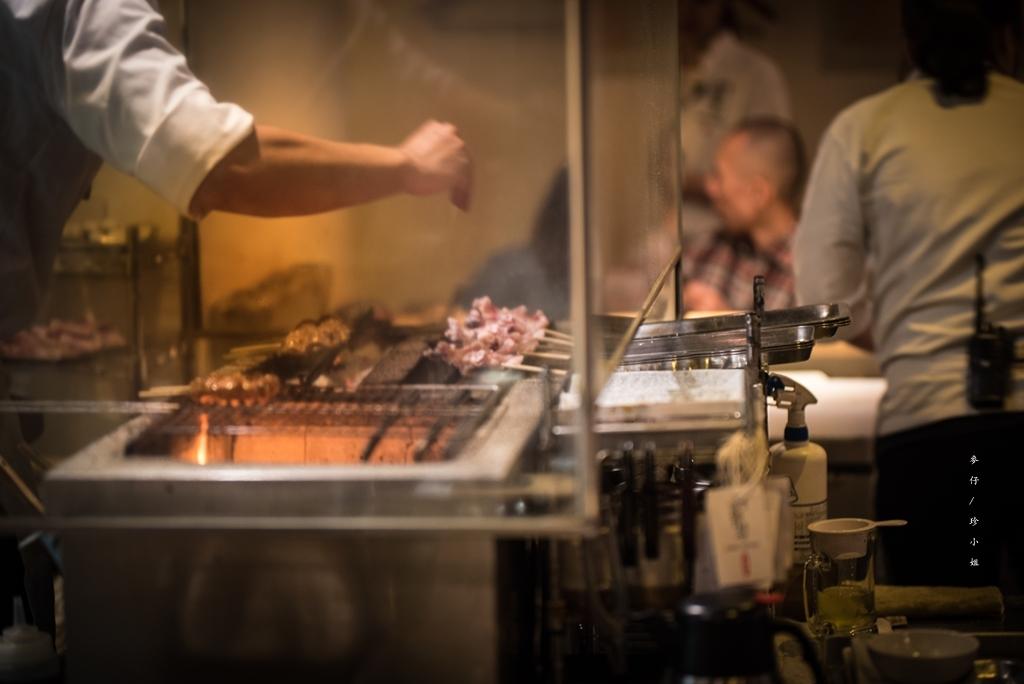 麥仔食。台北|鳥哲燒物專門店|不只雞肉串燒美味,每日限量濃厚雞白湯拉麵~錯過可惜|居酒屋隱藏版的好吃拉麵|捷運芝山站美食