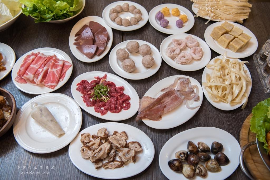【台北美食】W.瓦法奇朵waffogato(台北車站店)|四川麻辣鍋經典 好友分享半價 四人套餐超滿足|台北車站美食|