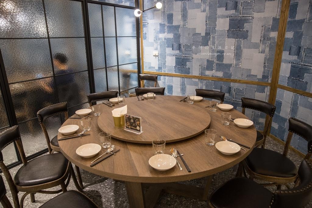 【台北美食】飯BAR LiLi|飯Bar集團版圖進駐北車啦~浮誇的網美系餐點好吃、好拍、好有趣|台北車站美食