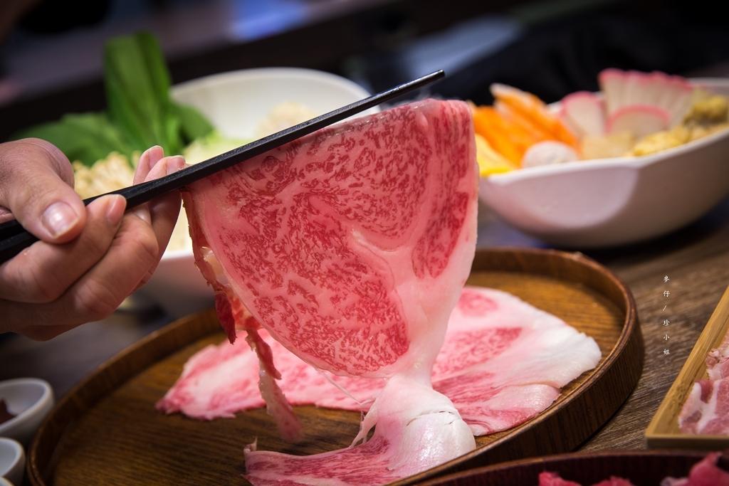 奈奈涮涮鍋|1公斤美牛板腱只賣730!!!吃高檔肉品不再傷荷包,老闆只賺你入場費~價格實惠份量多肉控必訪|大安區火鍋推薦