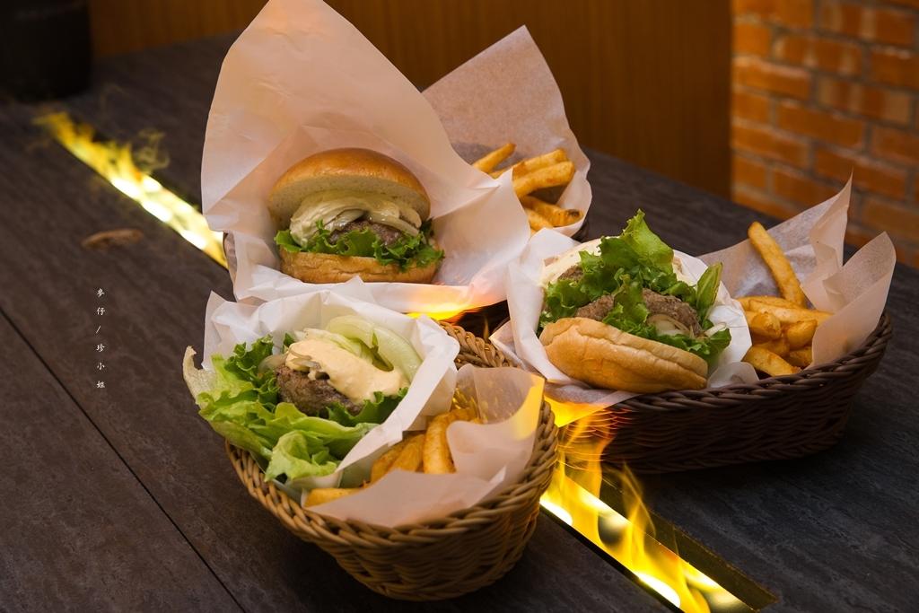 麥仔食。台北|WAGYU BURGER和牛漢堡|超威!重達150g『純100%和牛餡』漢堡肉~|信義安和站美食