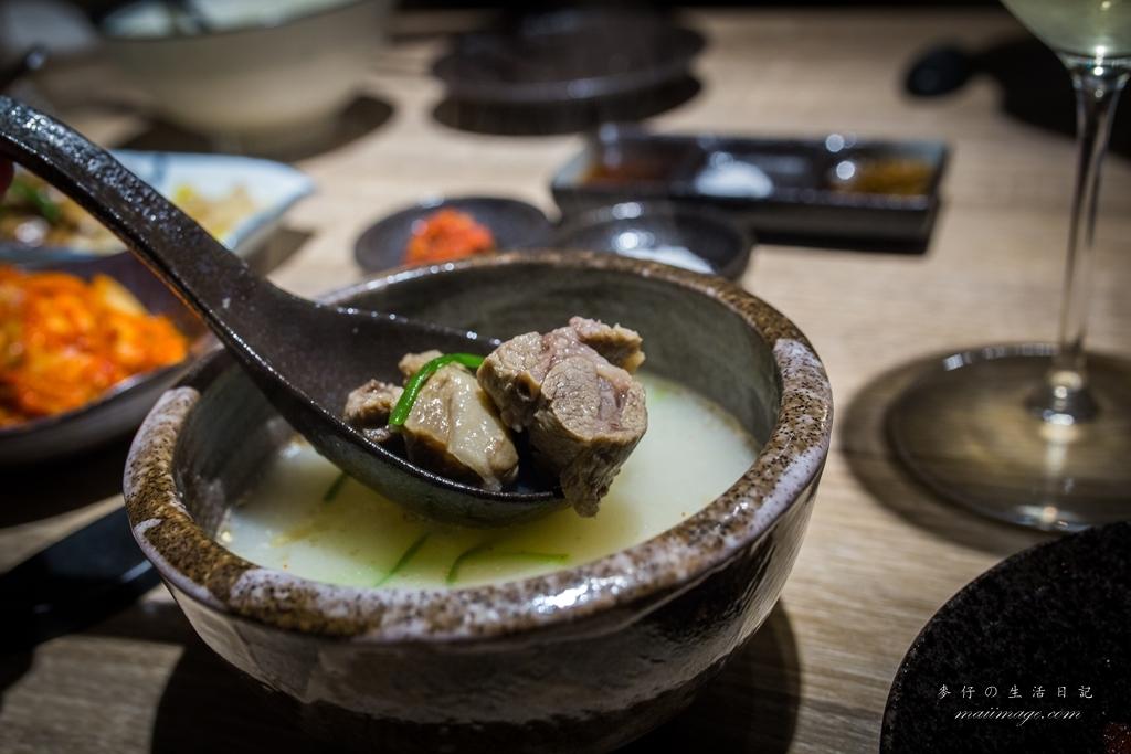 台北燒肉|燒肉中的精品、職人等級的夢幻逸品~全程貼心桌邊服務|燒肉Hatsu Yakiniku & Wine