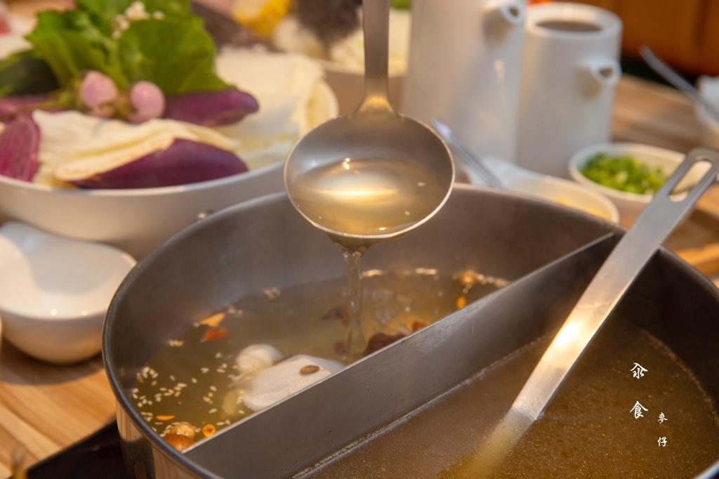【汆食作伙鍋】大同大學旁的親子友善鍋物餐廳~『入水人良』越簡單、越真實 ; 越真實,越毫無保留|台北精緻火鍋推薦、台北捷運中山站火鍋