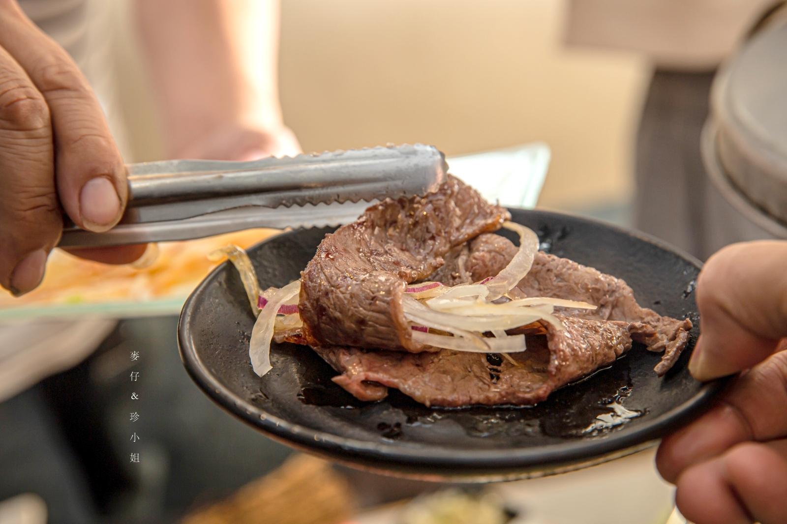 台北燒肉。火の舞蓁品燒和牛放題|最低799起高品質美澳和牛無限量吃到飽,打卡就送美國手掌大生蠔|台北東區日式燒肉推薦
