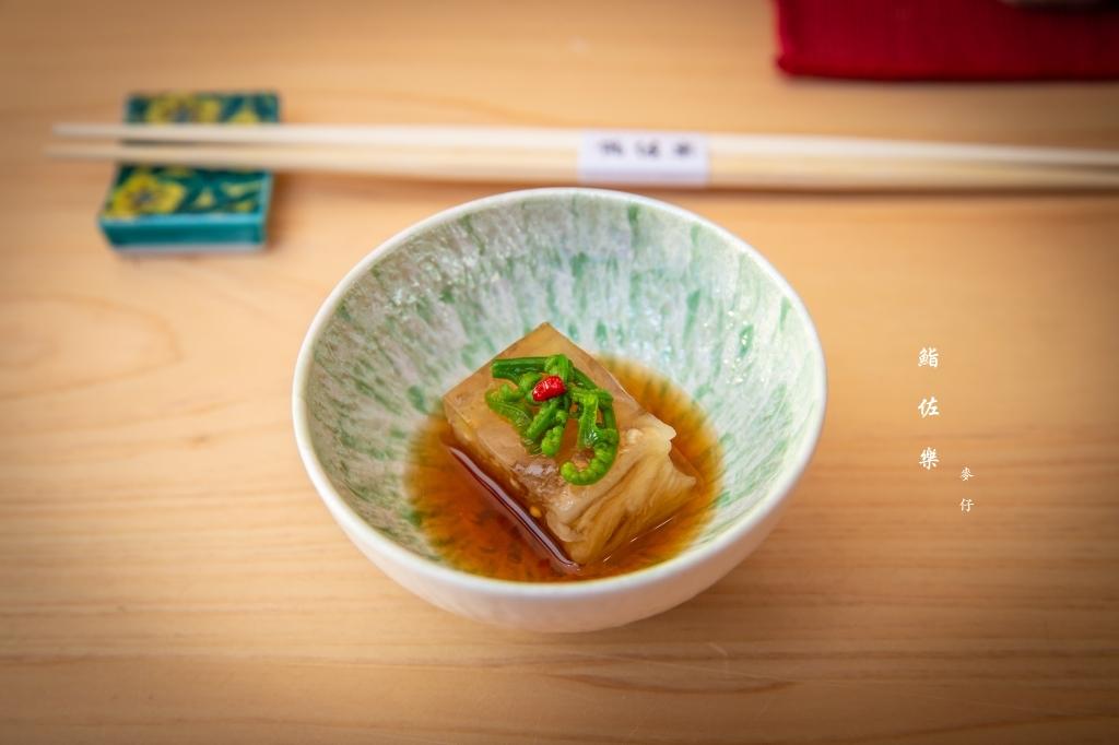 鮨佐樂 Omakase|跟著壽司界木村拓哉一起見識江戶前壽司的傳統技法,小S大推的邪惡融化壽司在這|捷運大安站美食
